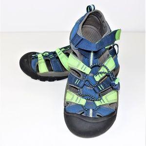 Keen Sports Sandals Shoes Waterproof Closed Toe